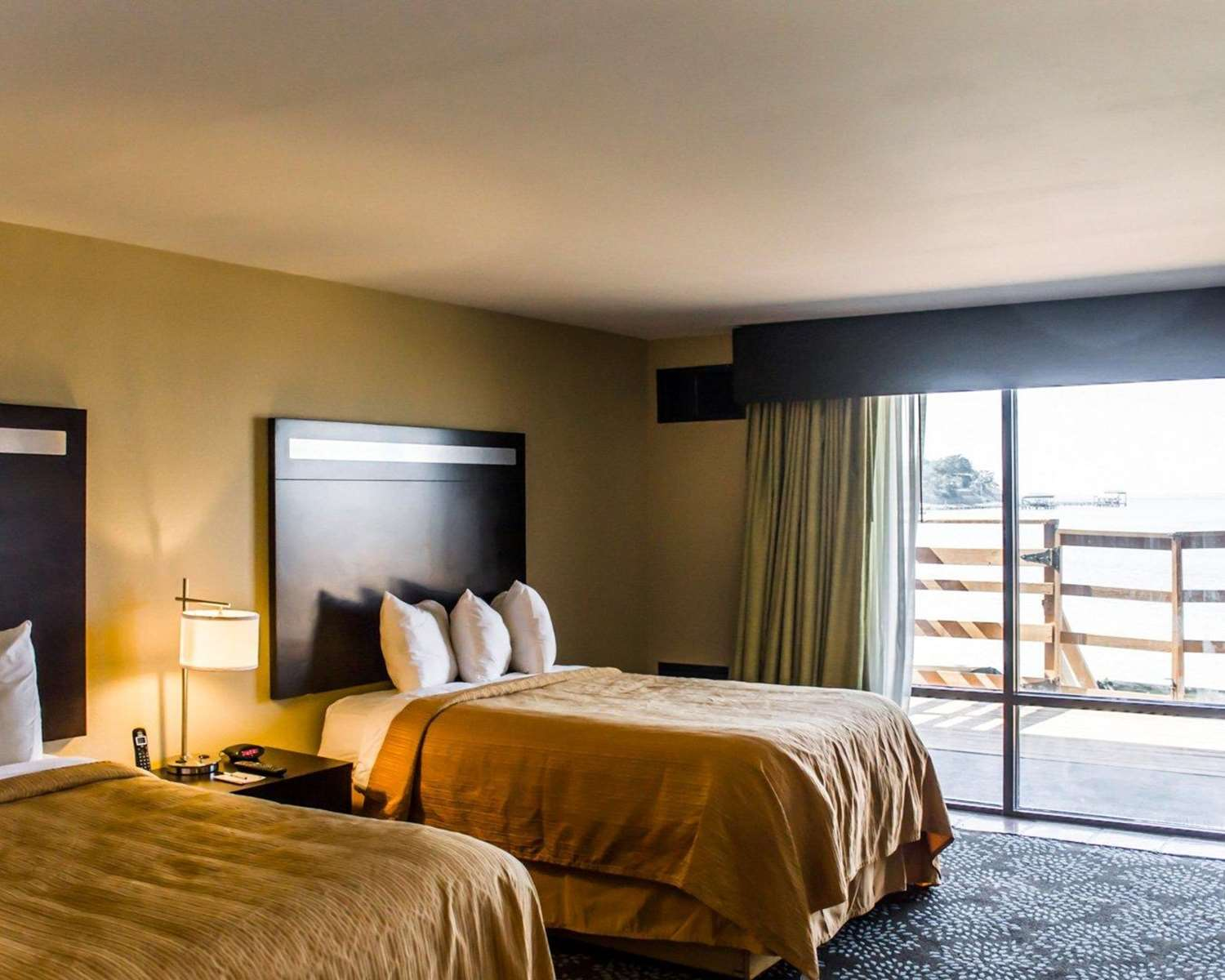 Suite - Quality Inn & Suites Gulf Breeze