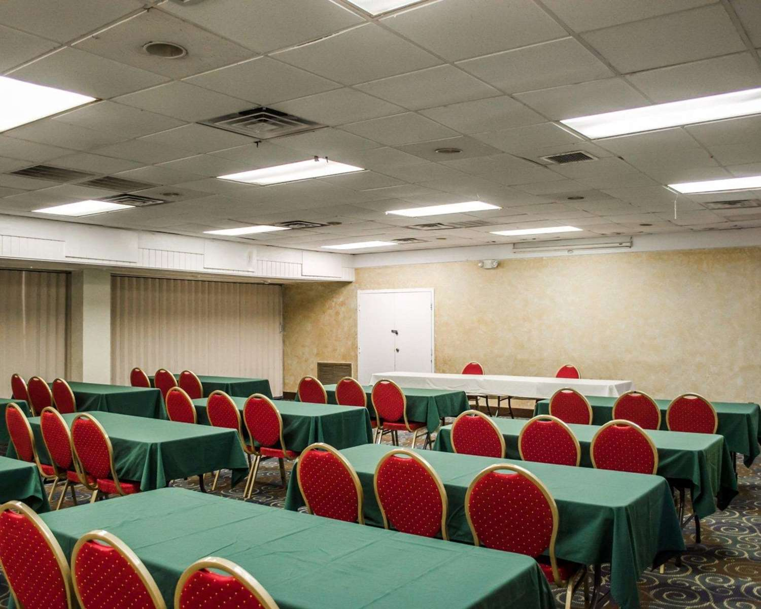 Meeting Facilities - Quality Inn & Suites Gulf Breeze