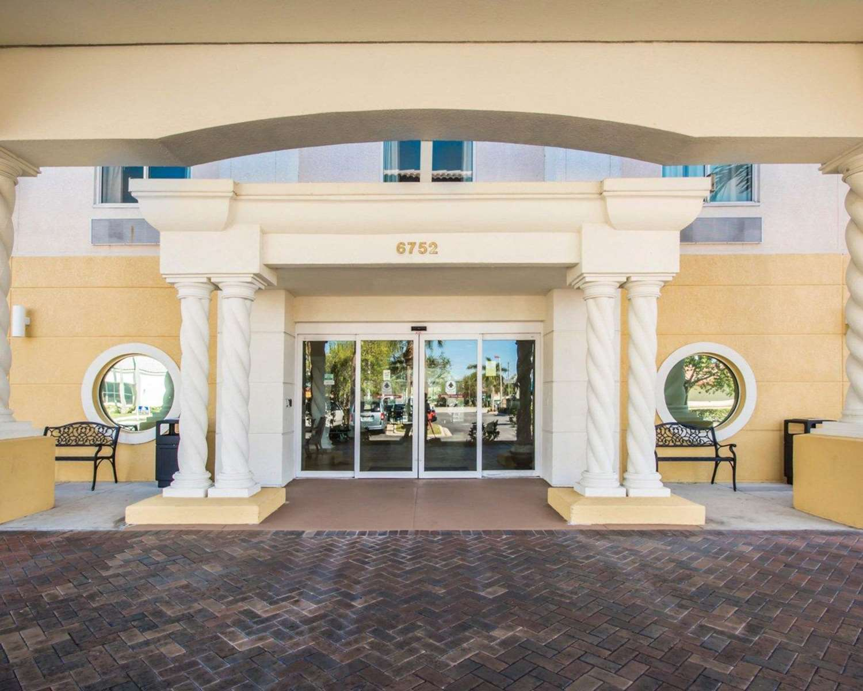 Exterior view - Comfort Inn & Suites Jupiter