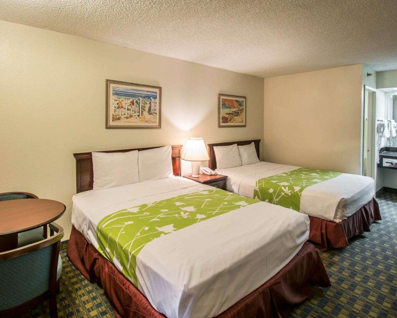 Room - Econo Lodge Kissimmee