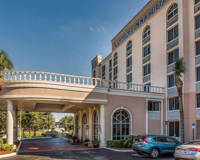 Exterior view - Comfort Inn & Suites Lakeland