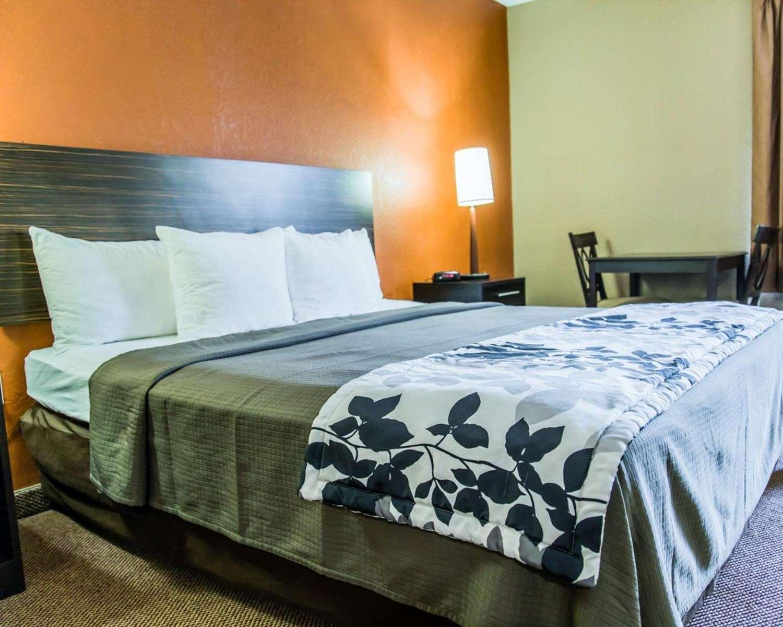 Room - Sleep Inn & Suites Lakeland