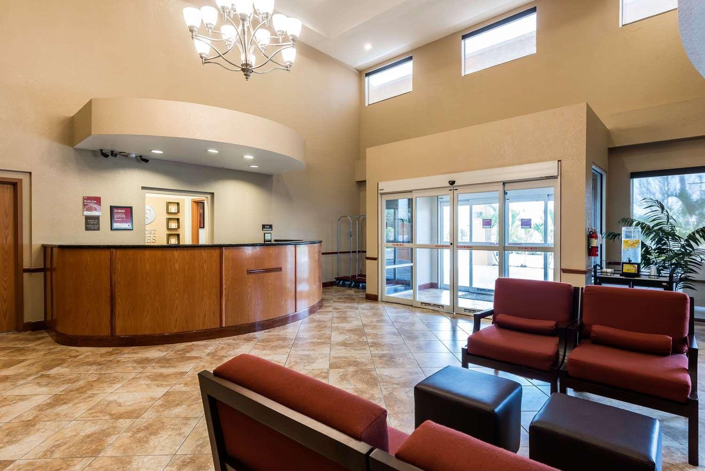 Lobby - Comfort Suites Northwest Tampa