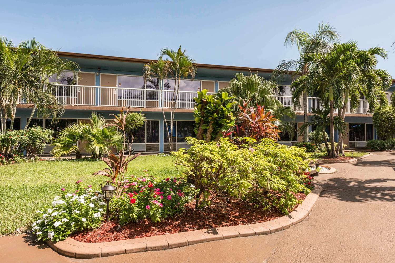 Exterior view - Rodeway Inn & Suites Fort Lauderdale