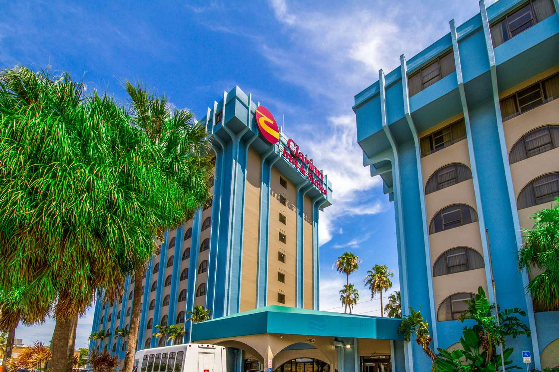 Exterior view - Clarion Inn & Suites Miami Springs