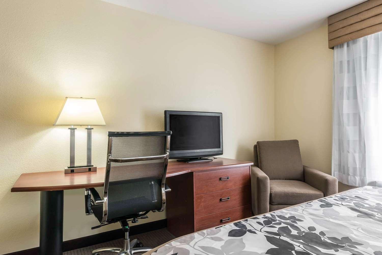 Suite - Sleep Inn & Suites Gainesville