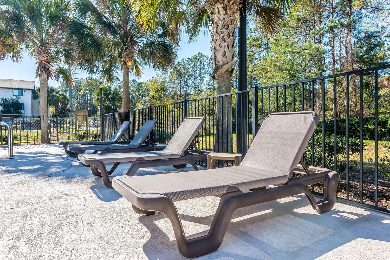 Pool - Sleep Inn & Suites Gainesville