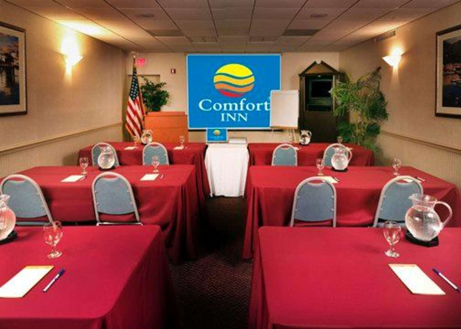 Meeting Facilities - Comfort Inn Oceanside Deerfield Beach