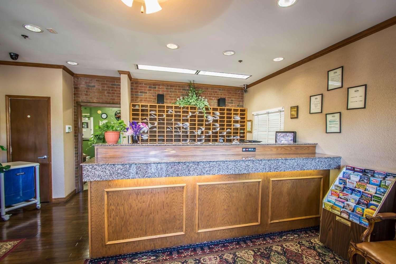 Lobby - Suburban Extended Stay Hotel Stuart