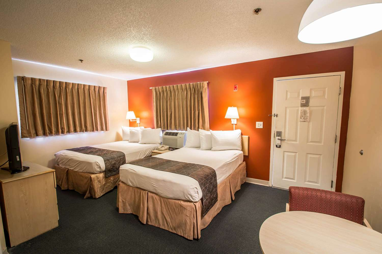 Room - Suburban Extended Stay Hotel Stuart