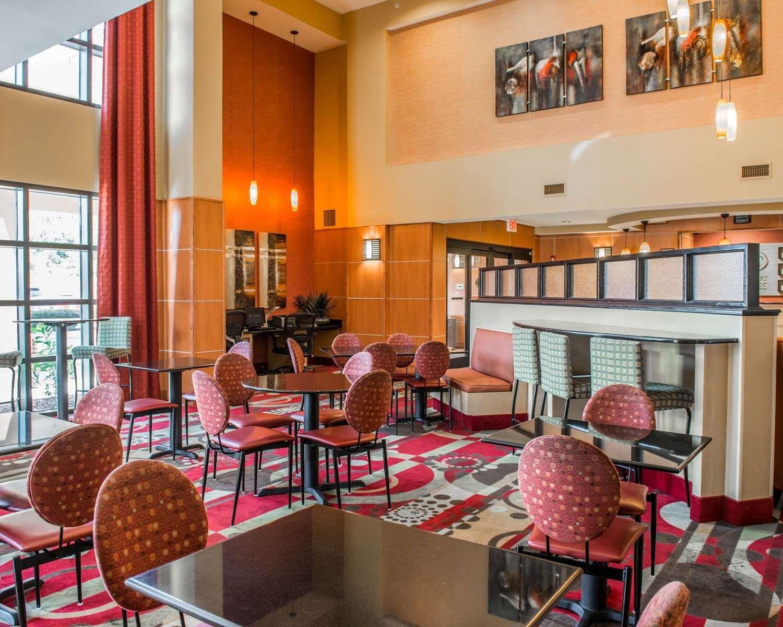 Restaurant - Comfort Suites Callaway