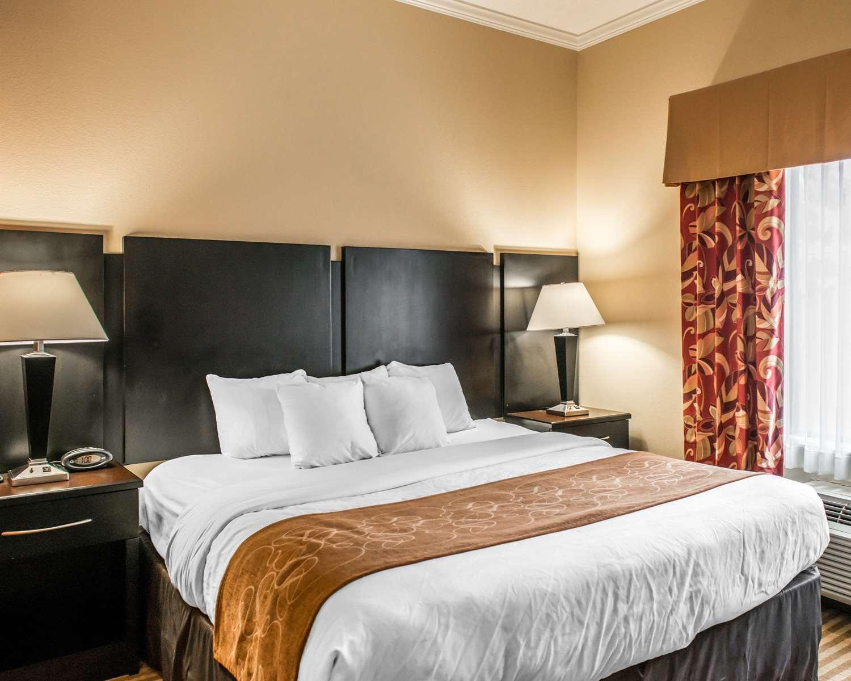 Suite - Comfort Suites Callaway