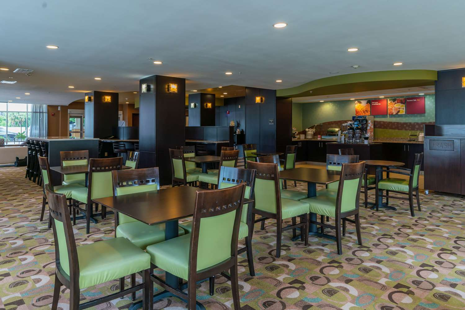 Restaurant - Comfort Suites Lake City
