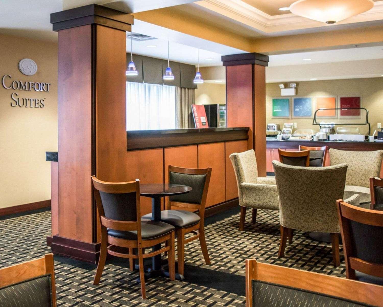 Restaurant - Comfort Suites Vero Beach