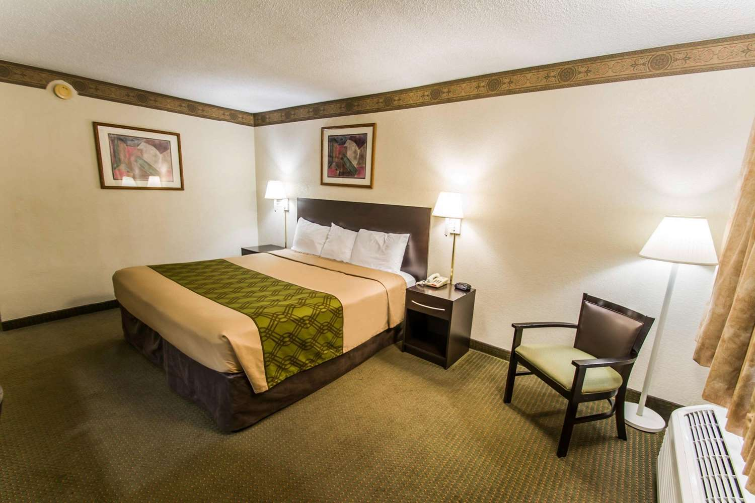 Room - Econo Lodge Jacksonville