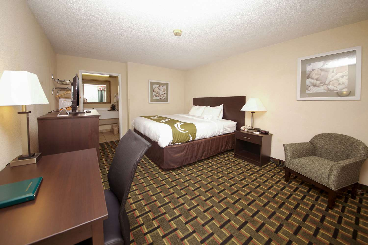 Room - Quality Inn Orange Park Jacksonville