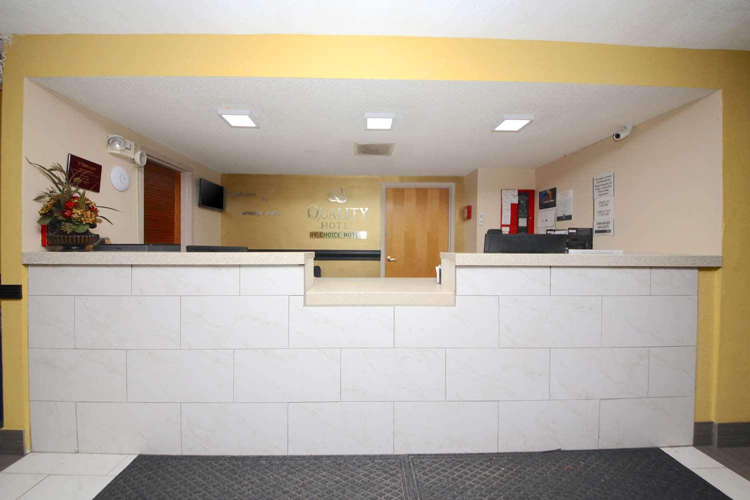 Lobby - Quality Inn Orange Park Jacksonville
