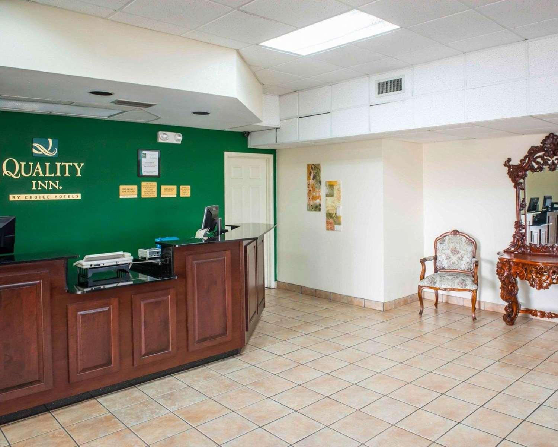 Lobby - Quality Inn Chipley