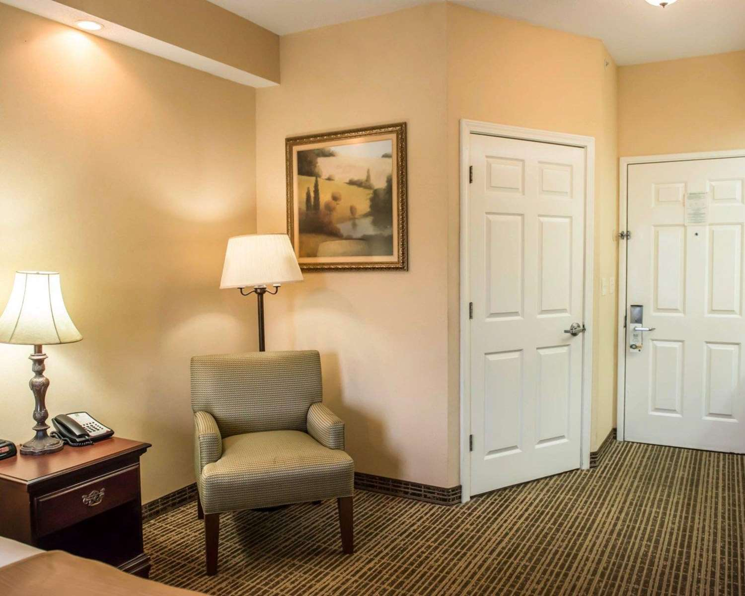Room - Quality Inn Lake City