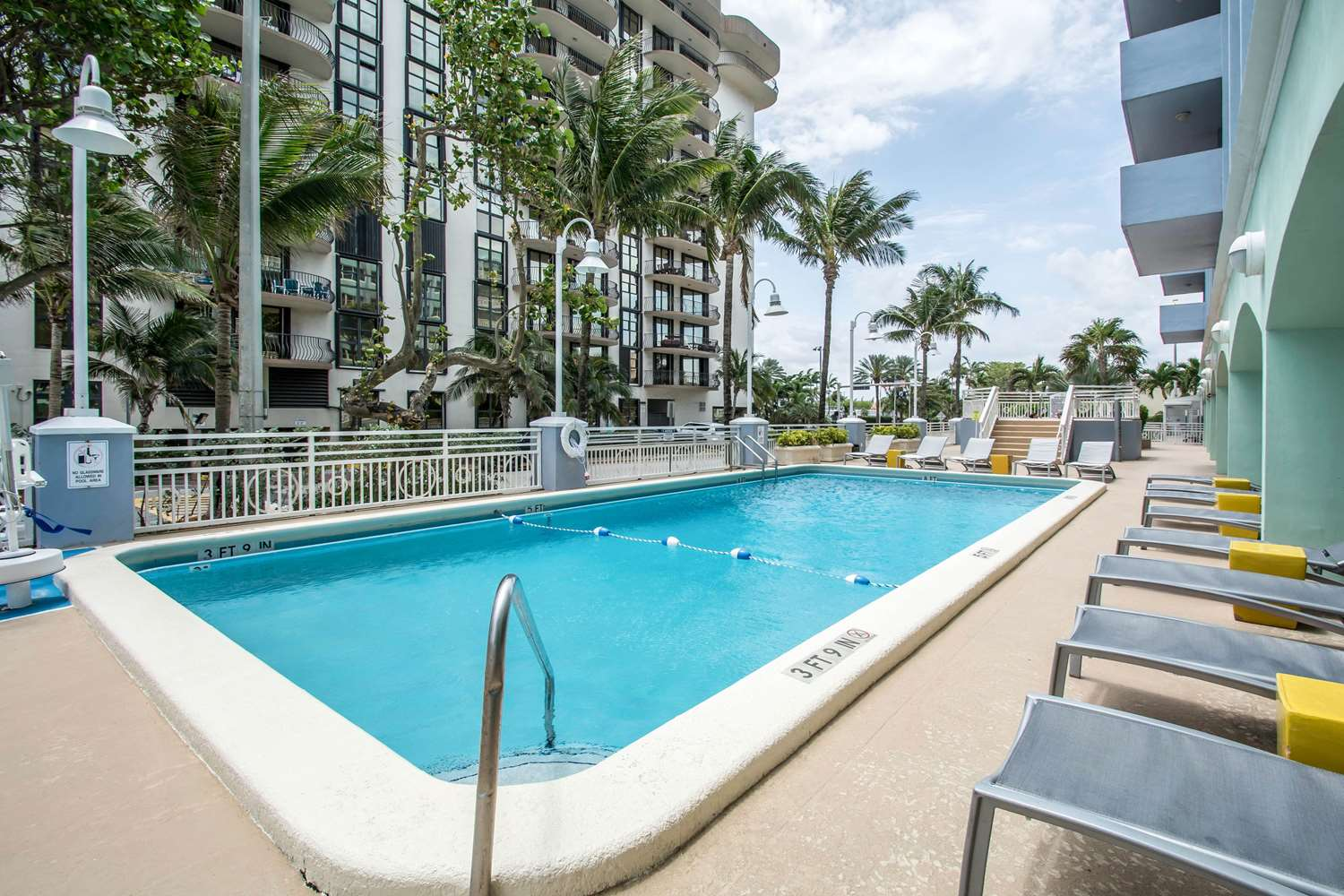 Pool - Solara Surfside Resort by Bluegreen Vacations