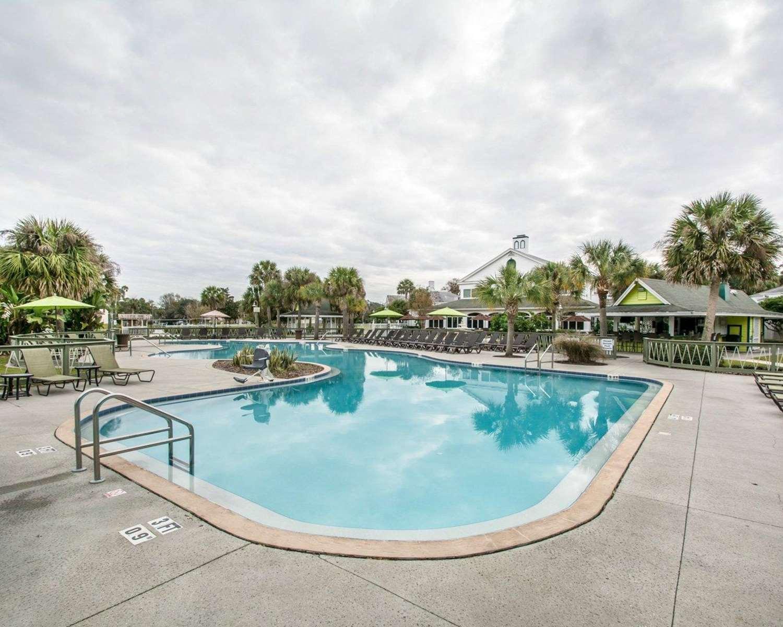 Plantation on Crystal River Resort, FL - See Discounts