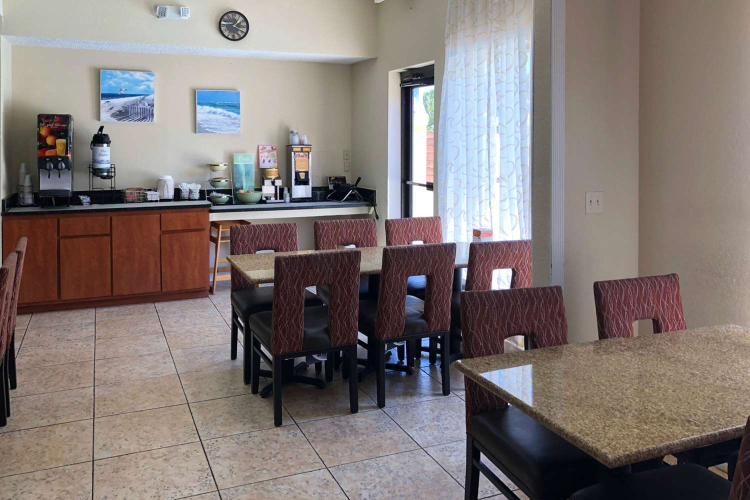 Restaurant - Quality Inn & Suites Miramar Beach