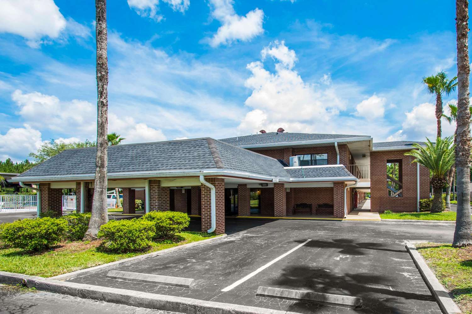 Exterior view - Econo Lodge Airport Jacksonville