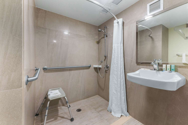 Room - Quality Inn I-75 Gainesville