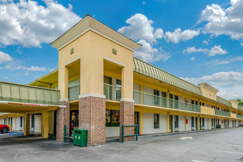 Exterior view - Quality Inn Historic District Savannah