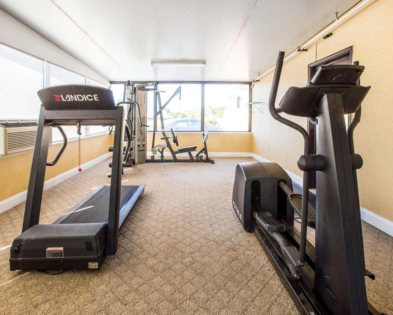 Fitness/ Exercise Room - Quality Inn Jefferson
