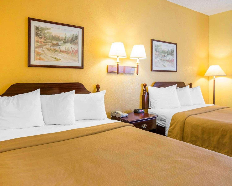 Room - Quality Inn Jefferson