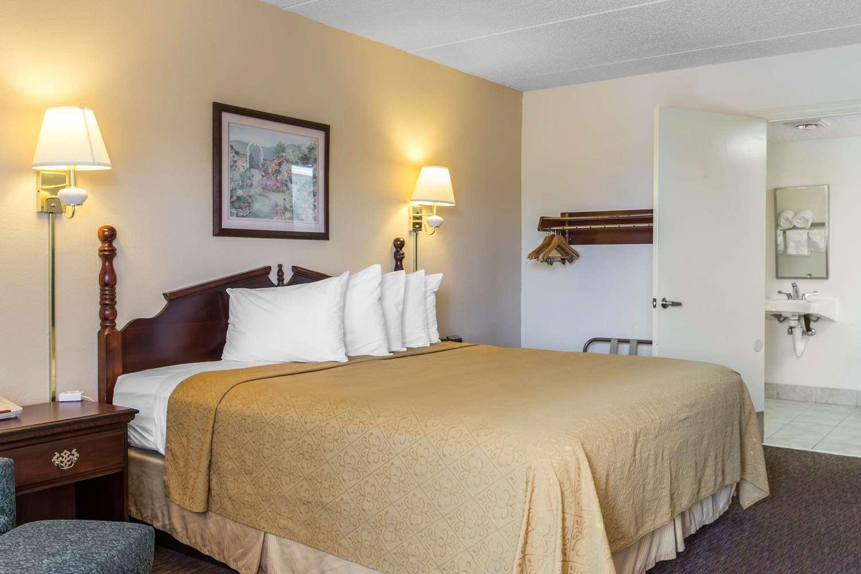 Room - Quality Inn Cordele