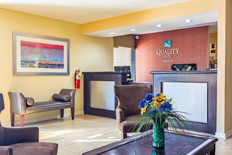 Lobby - Quality Inn Columbus