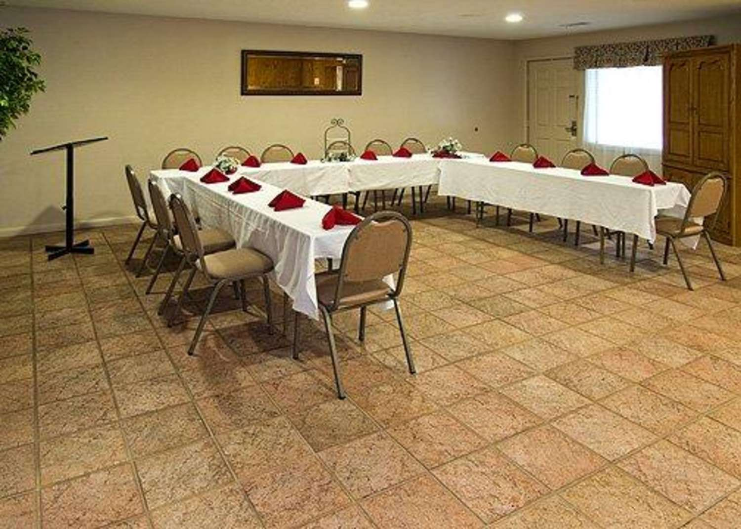 Meeting Facilities - Econo Lodge Fort Benning Columbus