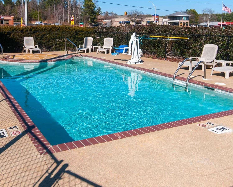 Pool - Comfort Inn LaGrange