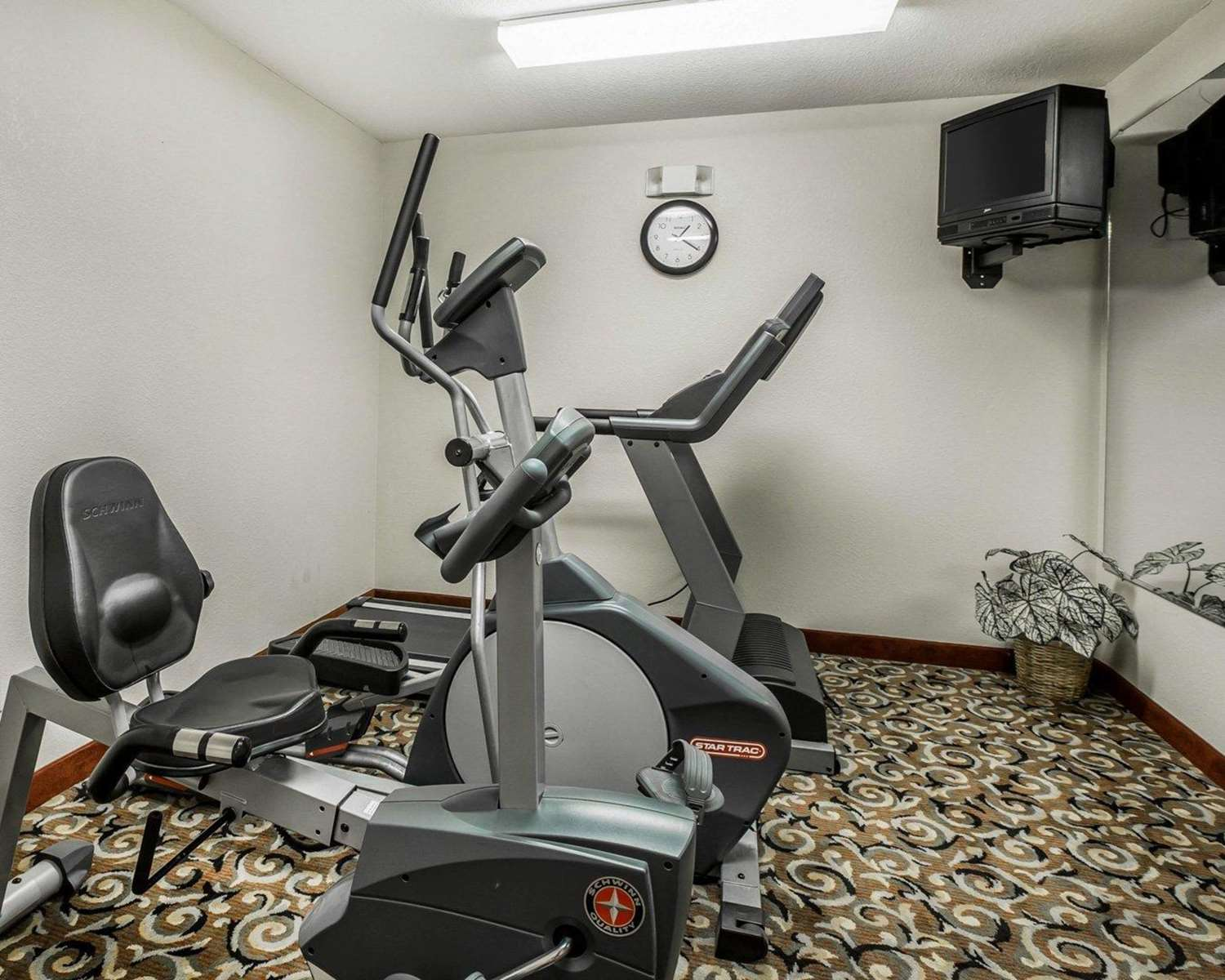 Fitness/ Exercise Room - Quality Inn & Suites Dawsonville