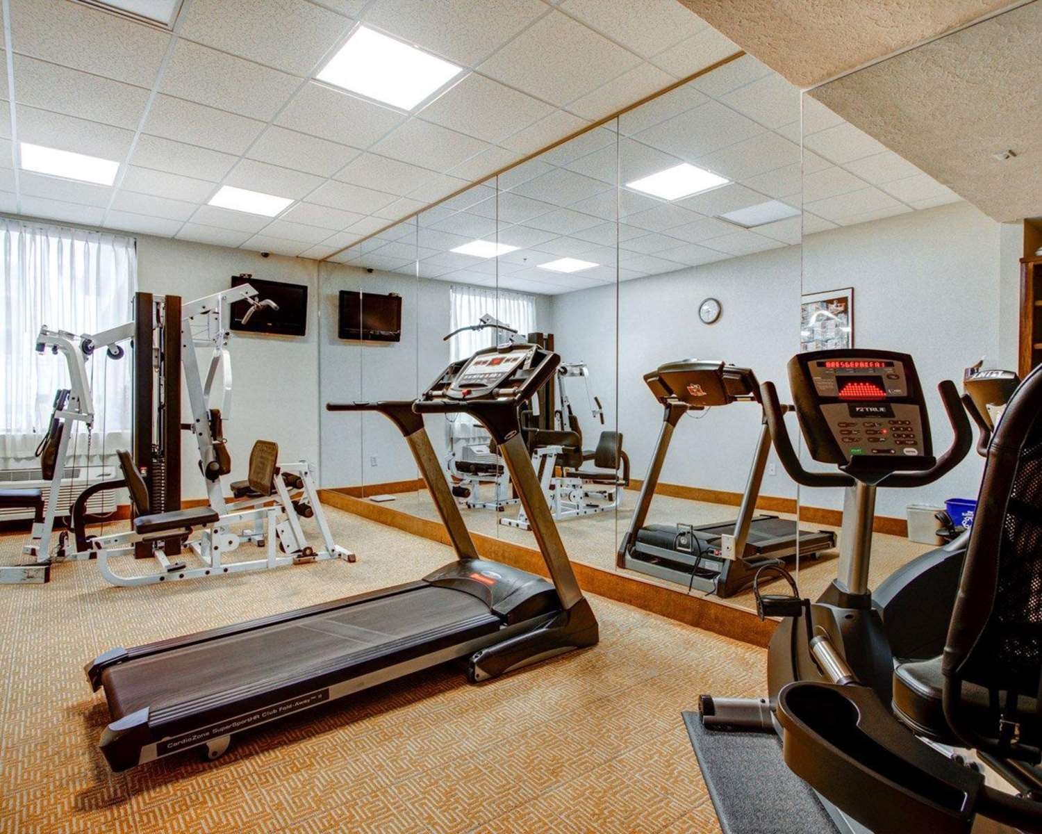 Fitness/ Exercise Room - Comfort Inn Columbus