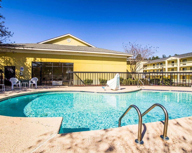 Pool - Sleep Inn Augusta