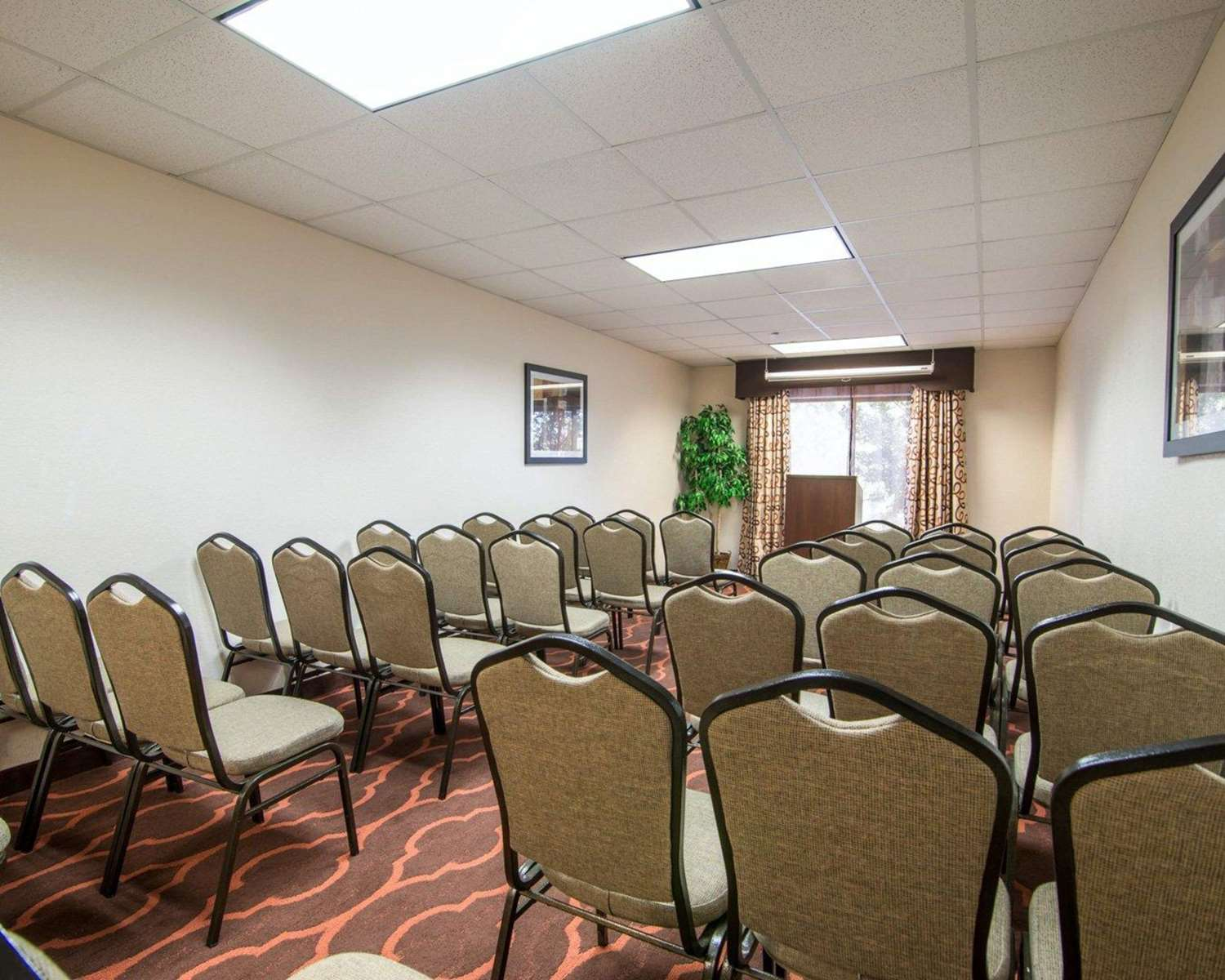 Meeting Facilities - Comfort Suites Lawrenceville