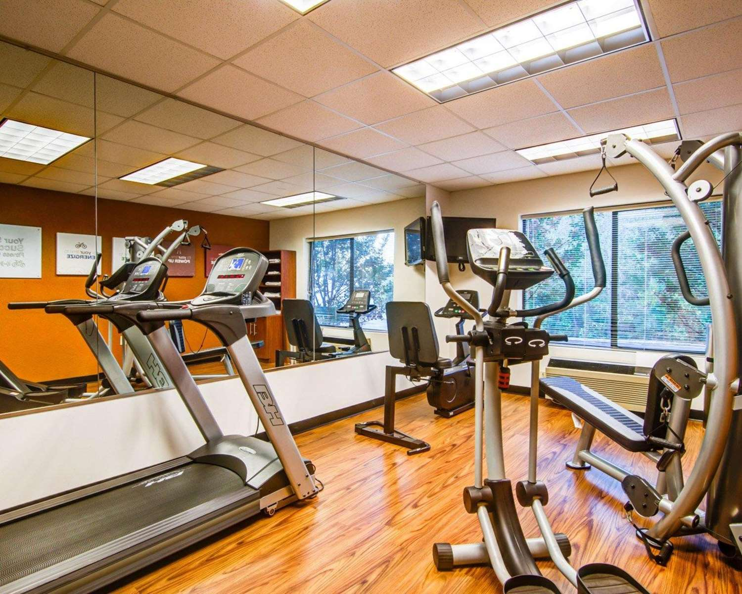 Fitness/ Exercise Room - Comfort Suites Lawrenceville