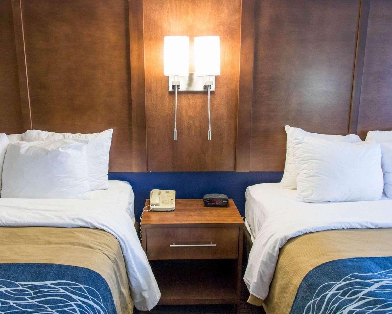 Room - Comfort Inn & Suites Statesboro