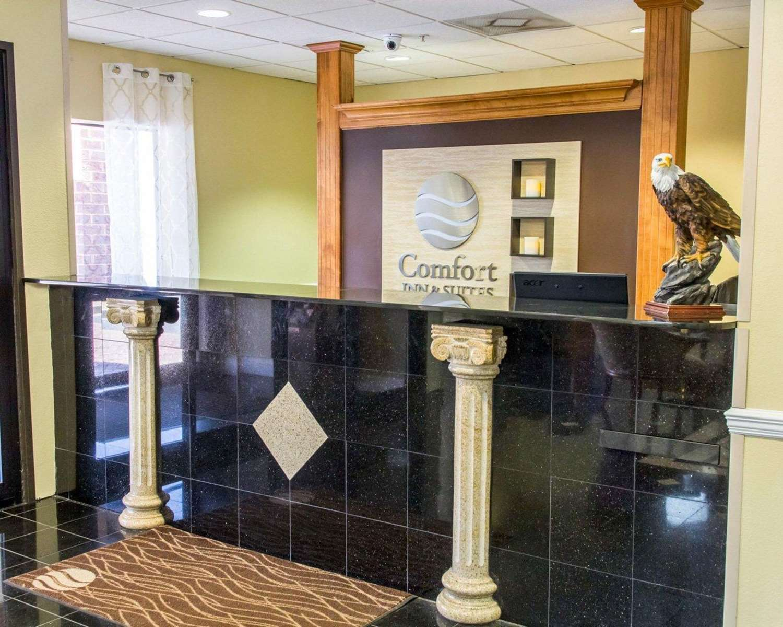 Lobby - Comfort Inn & Suites Statesboro