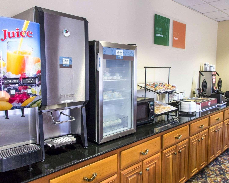 Restaurant - Comfort Inn & Suites Statesboro