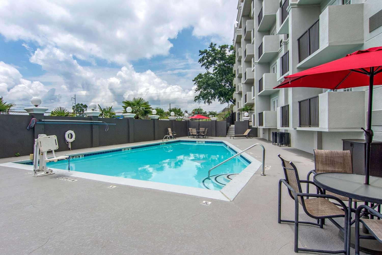 Pool - Comfort Inn North Atlanta