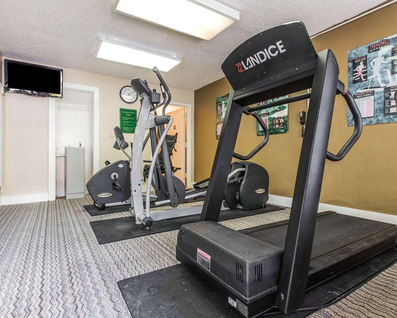 Fitness/ Exercise Room - Quality Inn Kingsland