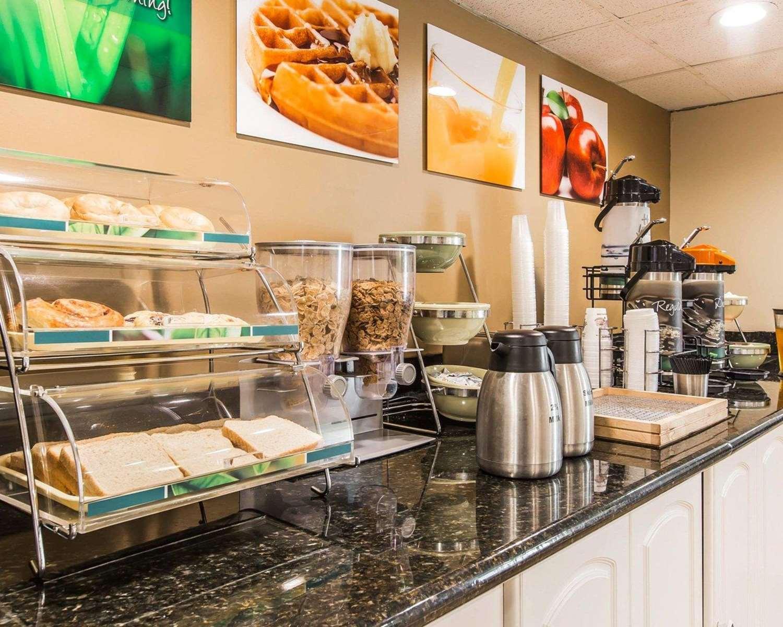 Restaurant - Quality Inn Kingsland
