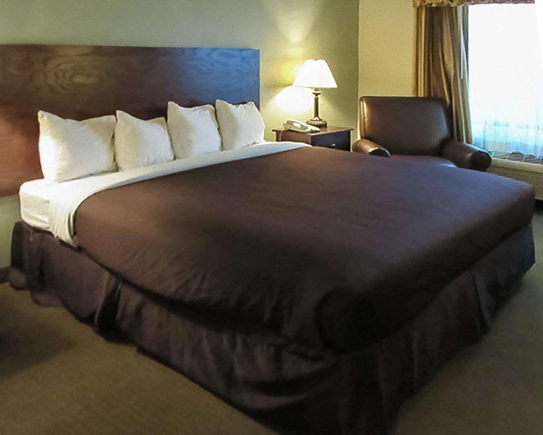 Room - Quality Inn Winder