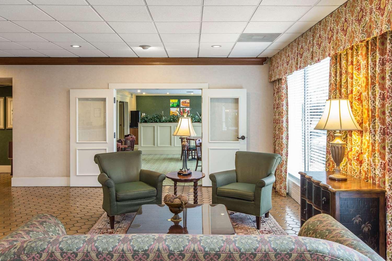 Lobby - Quality Inn & Suites McDonough