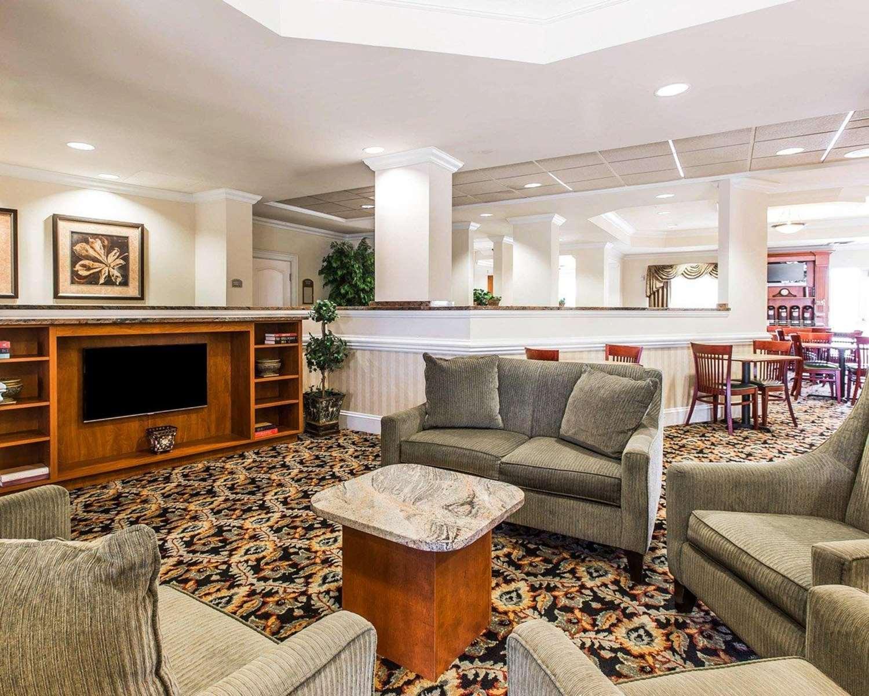 Lobby - Comfort Suites Valdosta
