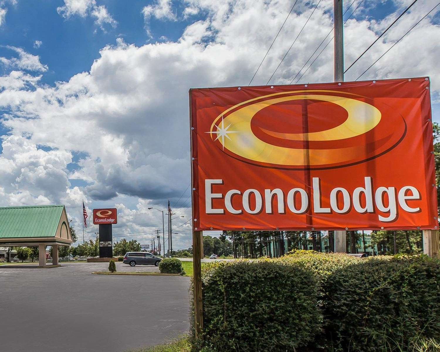 Exterior view - Econo Lodge Douglas